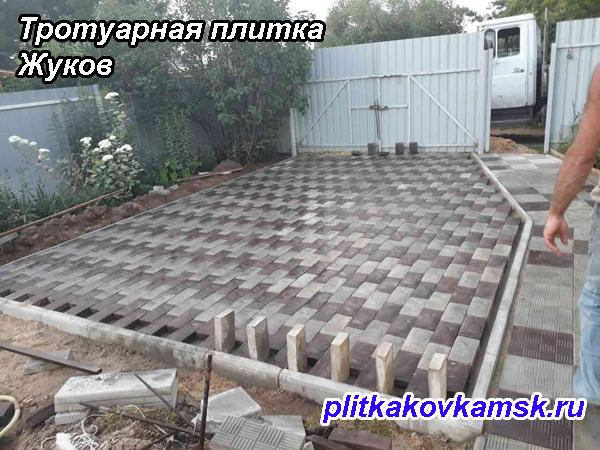 Пример укладки тротуарной плитки Английский булыжник и Паркет в городе Жуков