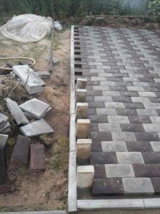 Пример укладки тротуарной плитки брусчатка в городе Жуков